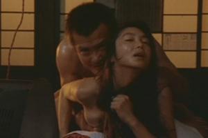 浅野温子(女優濡れ場)映画「薄化粧」で緒形拳との濃厚なセックス濡れ場映像。(※動画あり)