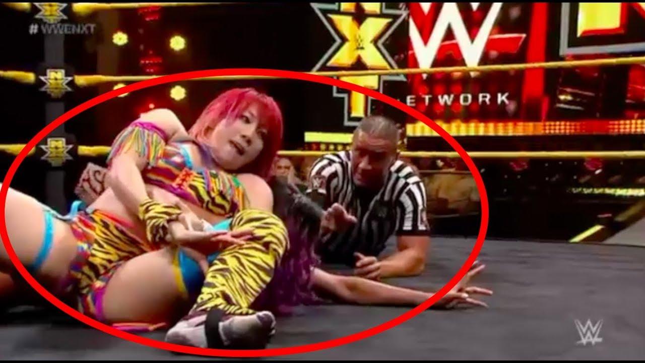 WWEのASUKA乳首ポロリのアダルトエロ画像