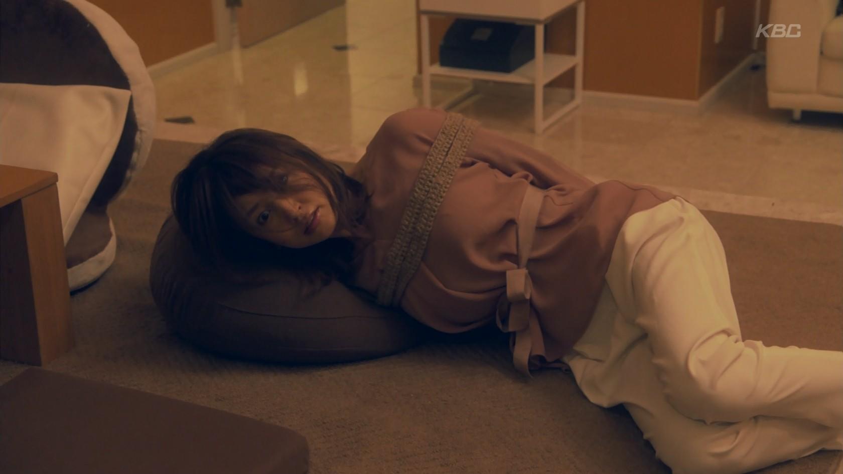 矢田亜希子のパンチラ画像
