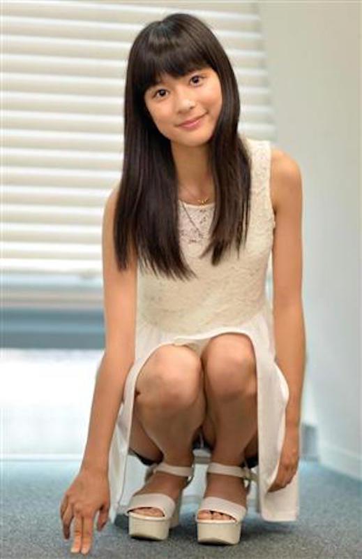 芳根京子のエロ画像