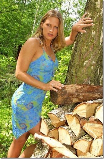 【世界の快道でイク!リトアニア編】命のビザで紡がれた絆の国の美女達26Monika Twistys01