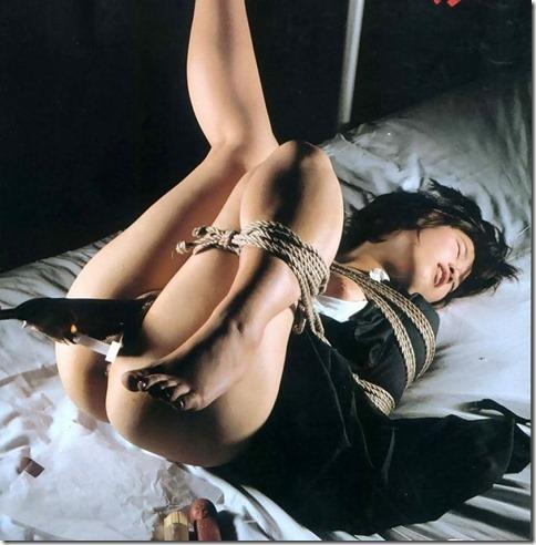 【SMエロ画像】股縄がなくても女陰ってエロいよね!って言うお股画像集(30枚)16