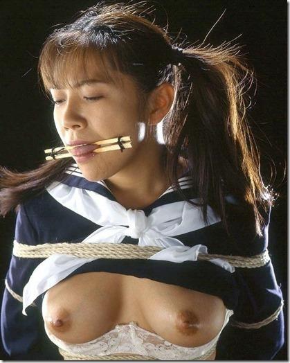 【SM緊縛画像】全裸よりエロい制服JK.牝奴隷画像集01
