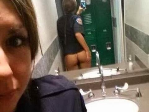 海外のリア充がSNSでうpするトイレで撮影したこの写真・・・(34枚)