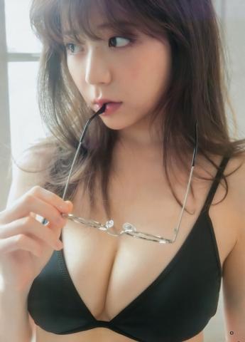 LARMEモデル・斎藤みらい(25)がランジェリー披露☆男性誌でデカお●ぱい見せてるぞwwwwwwww