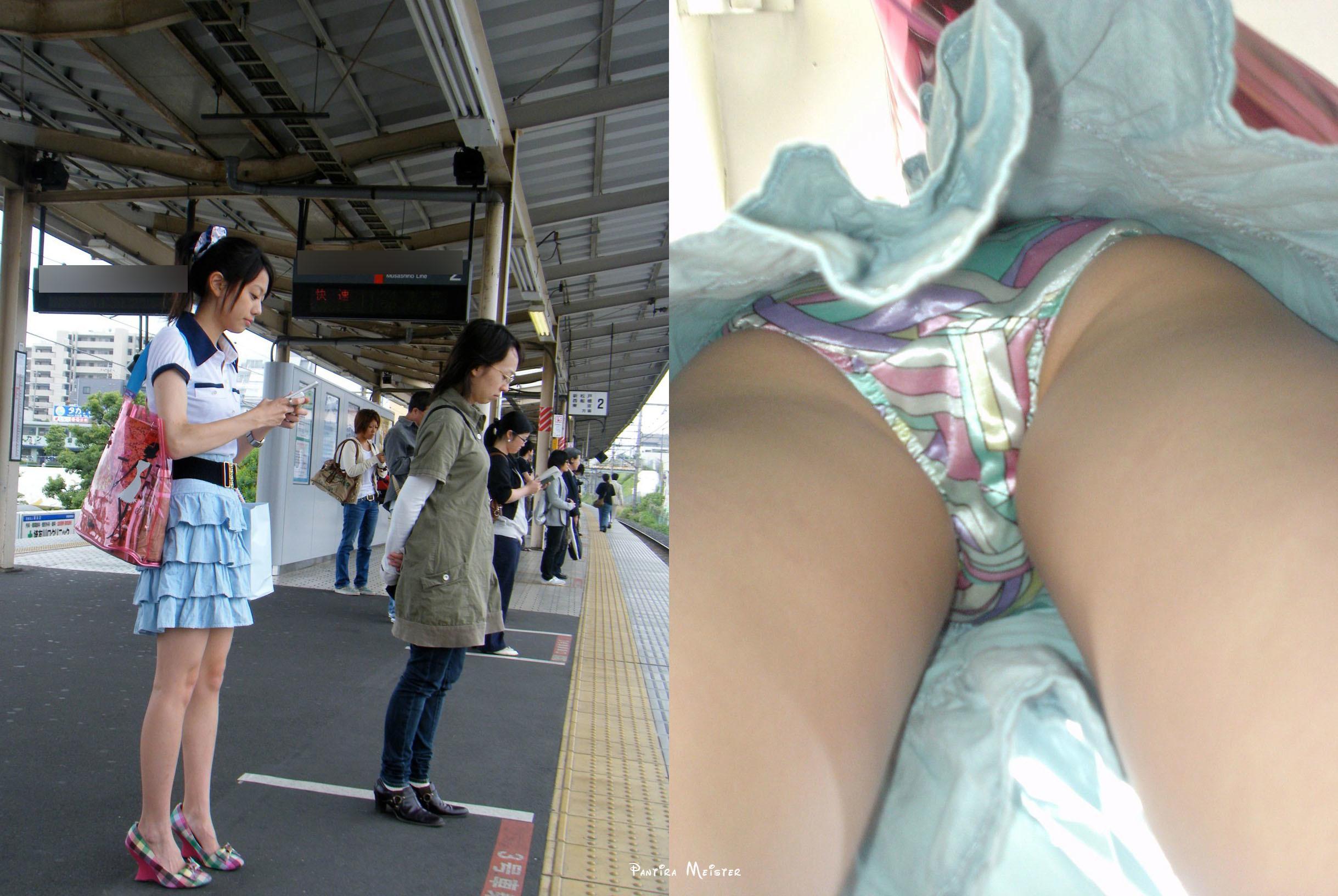 (逆さ撮り)ツルツルのサテン系パンツを履いたシロウトさんのパンツ丸見えを収録したえろ写真