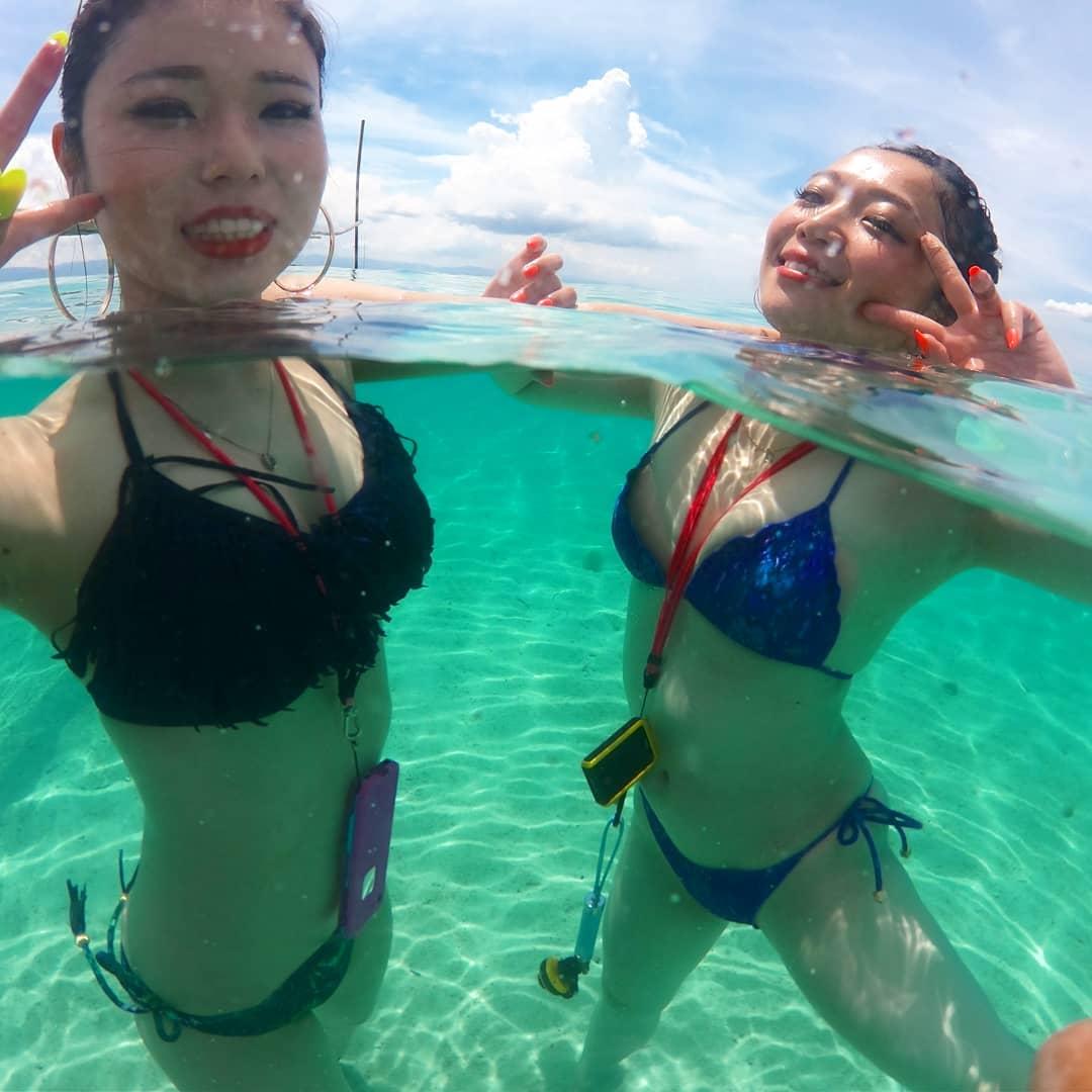 市民プール・海の中を水中カメラで覗いたらめっちゃえろいんだが