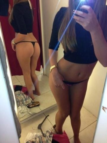 【イミフ】試着室で服着る前に裸を自撮りする女ってなんなの?????(画像30枚)