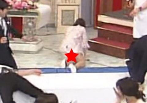 徳島えりか(29)、転んでパ○チラ放送事故wwwwwww