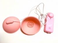 カップ型乳首バイブ