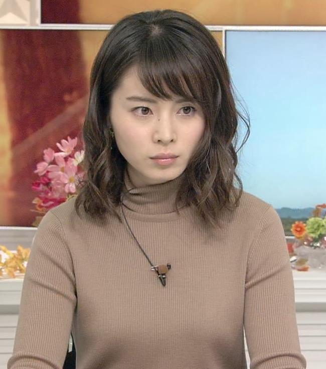 皆川玲奈 ニットおっぱい♡キャプ画像(エロ・アイコラ画像)