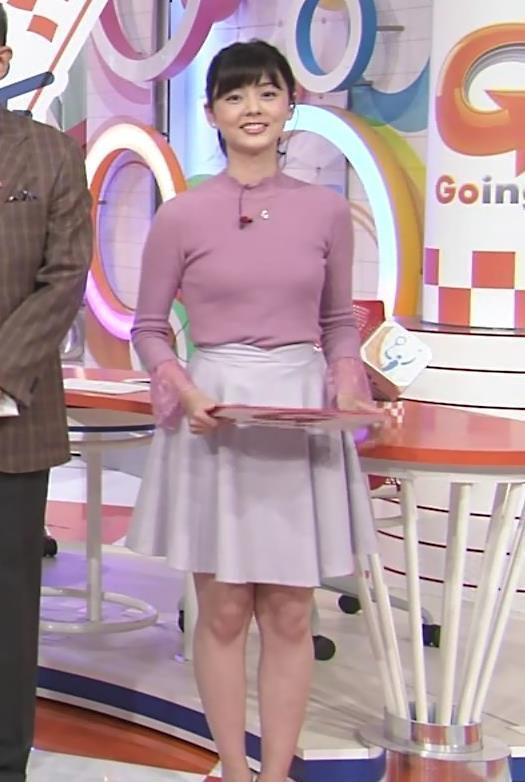 佐藤梨那 日テレの新人アナのニットおっぱいがエロかわいいキャプ画像(エロ・アイコラ画像)