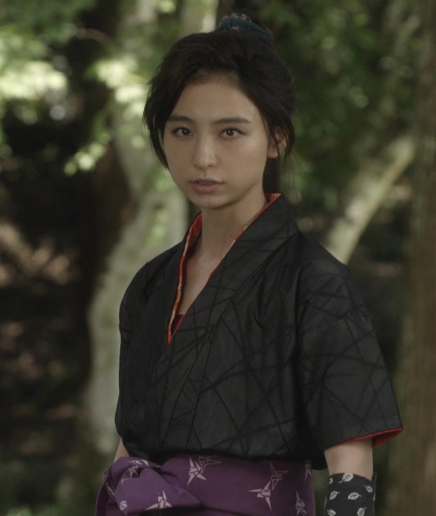 篠田麻里子 入浴シーンが待ち遠しい「水戸黄門」キャプ画像(エロ・アイコラ画像)