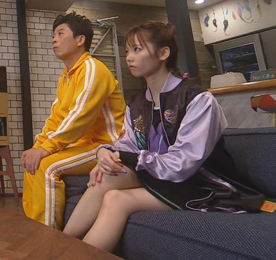 島崎遥香 ドラマで露出着のミニスカ太ももキャプ画像(エロ・アイコラ画像)
