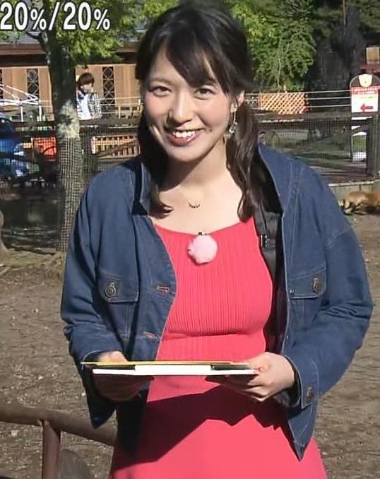 阿部華也子 巨乳が目立つニットのワンピースキャプ・エロ画像8