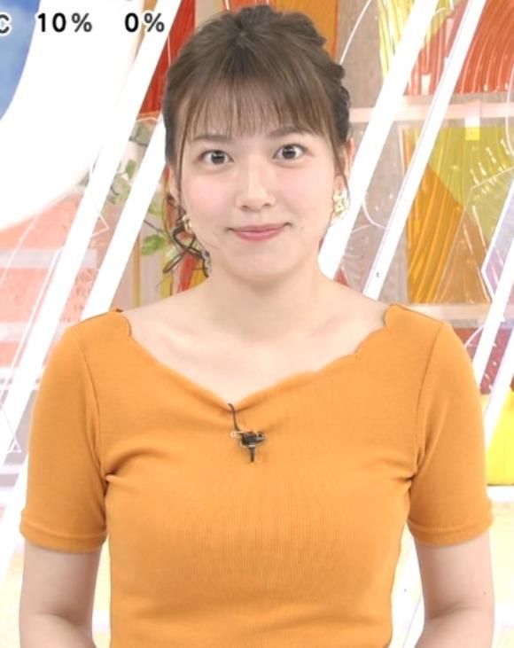 阿部華也子 ニット乳がまたエロかったキャプ・エロ画像2