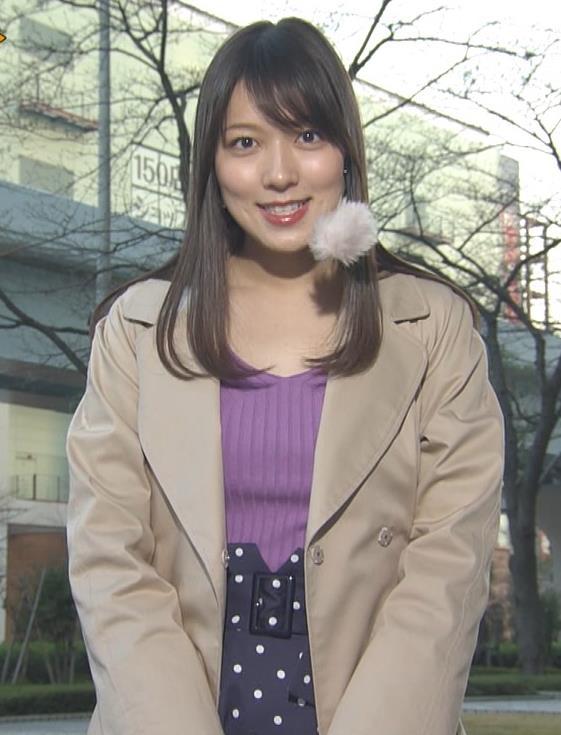 阿部華也子 ニット乳 コートを着た時の胸元の露出がエロいキャプ・エロ画像7