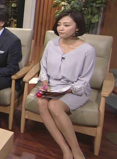 阿部優貴子アナ ミニスカ美脚キャプ・エロ画像4