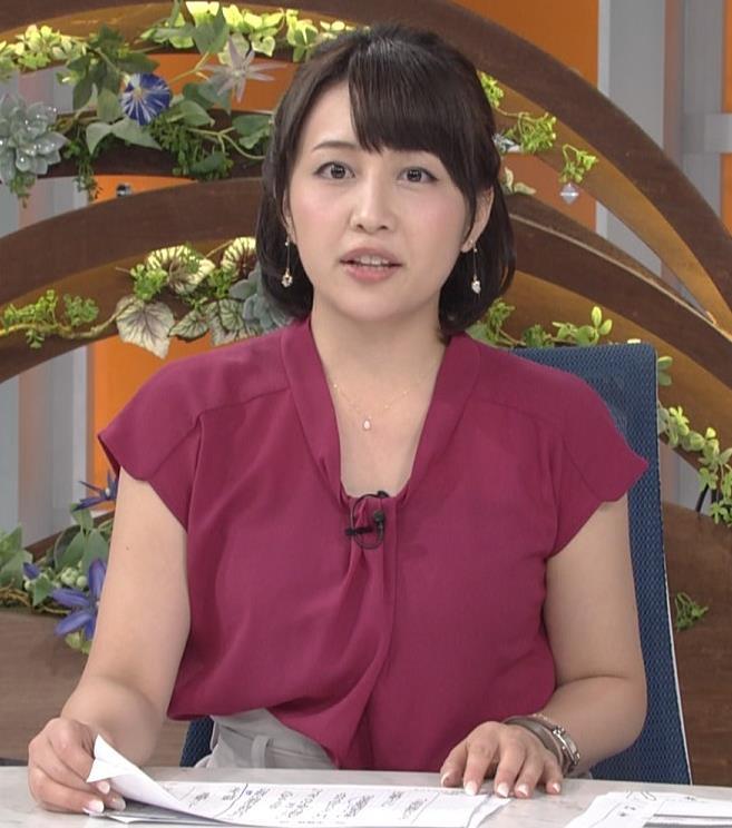 相内優香アナ 巨乳横乳キャプ・エロ画像7