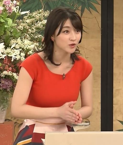 赤木野々花アナ 赤いピチピチの服キャプ・エロ画像