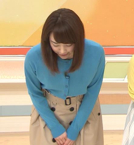 新井恵理那 青いシャツキャプ・エロ画像2