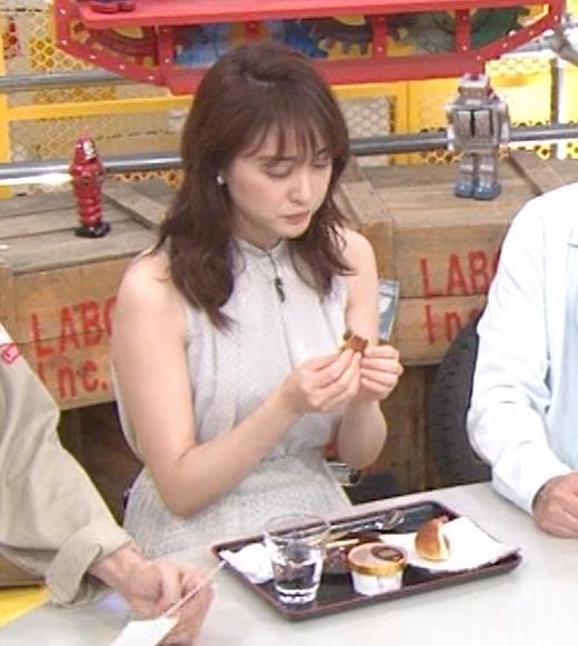 新井恵理那 ノースリーブ、白くて綺麗な肌キャプ・エロ画像11