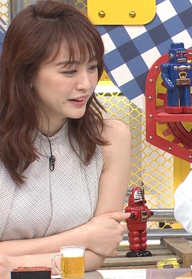 新井恵理那 ノースリーブ、白くて綺麗な肌キャプ・エロ画像16