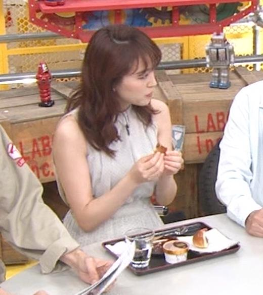 新井恵理那 ノースリーブ、白くて綺麗な肌キャプ・エロ画像10