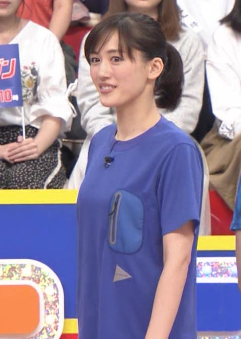 綾瀬はるか Tシャツおっぱいキャプ・エロ画像9