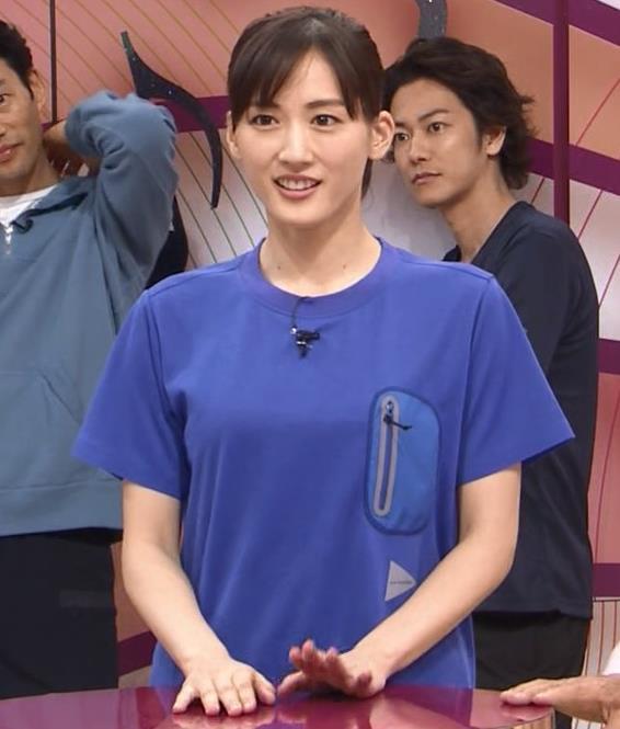 綾瀬はるか Tシャツおっぱいキャプ・エロ画像10