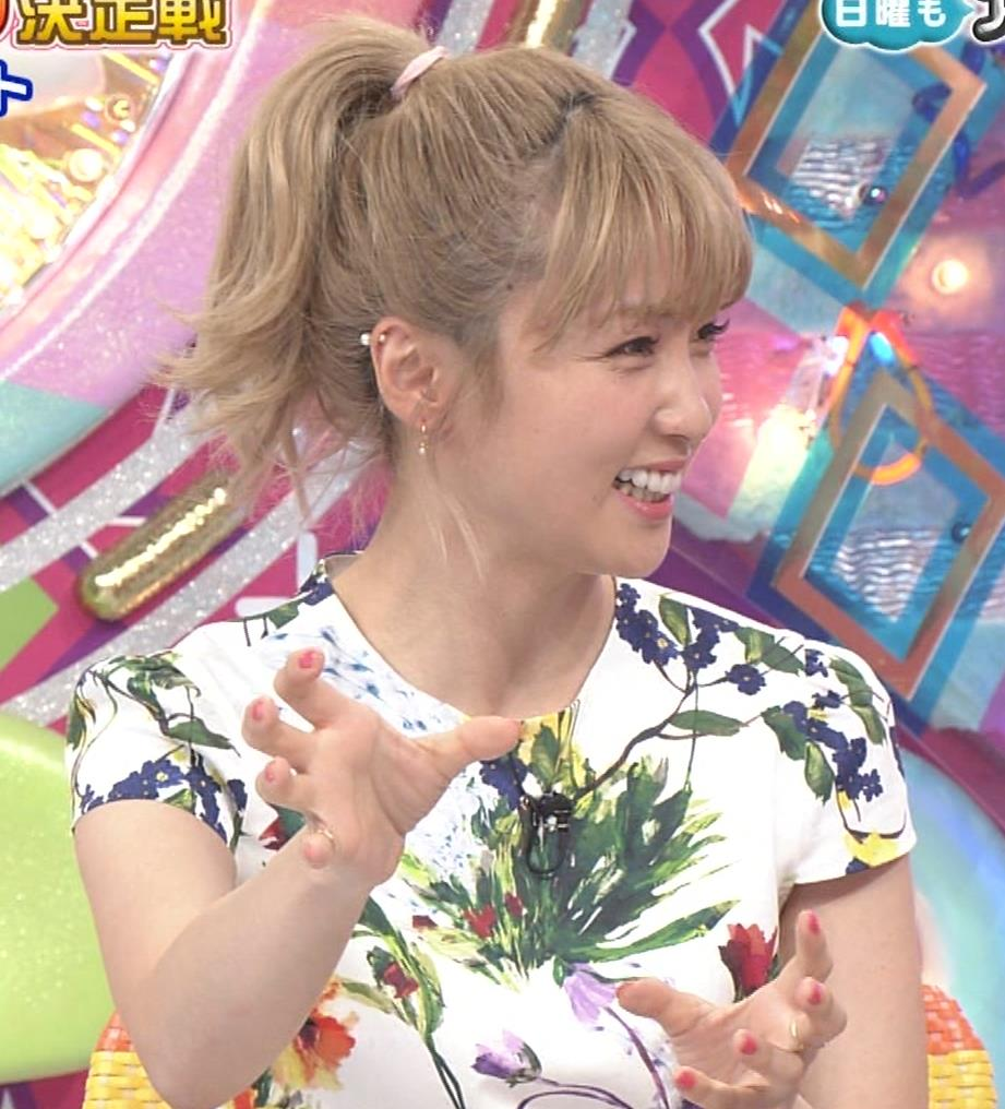 Dream Ami ミニスカ生足。かわいいポニーテールキャプ・エロ画像6