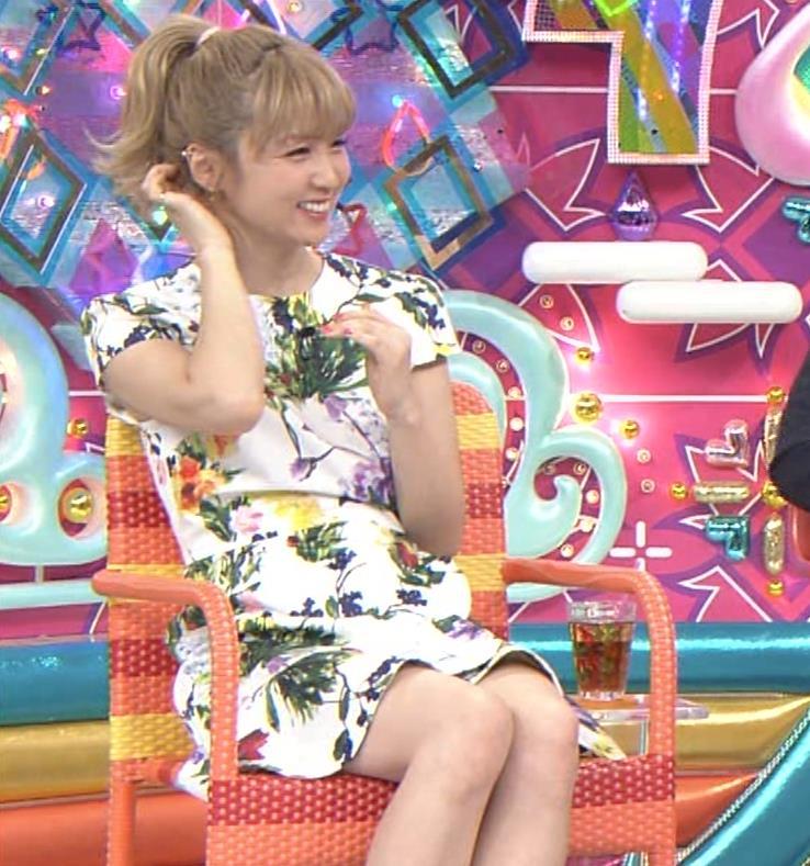 Dream Ami ミニスカ生足。かわいいポニーテールキャプ・エロ画像8