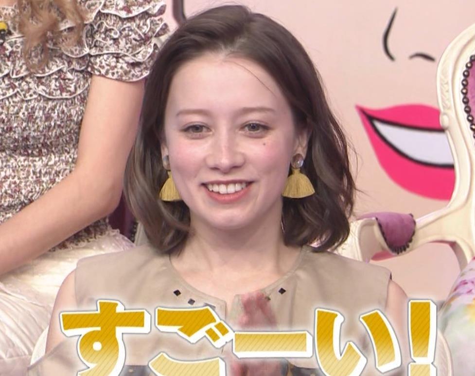 ドーキンズ英里奈 【ハーフなのに売れない…崖っぷち美女キャプ・エロ画像8