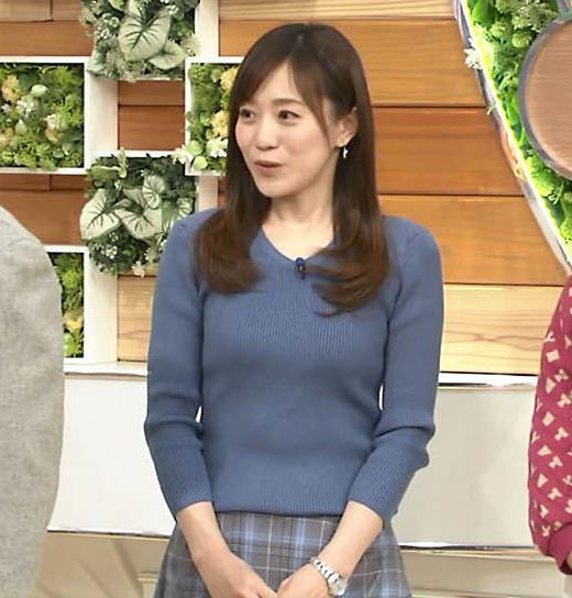 江藤愛アナ エロ過ぎニット横乳!キャプ・エロ画像5