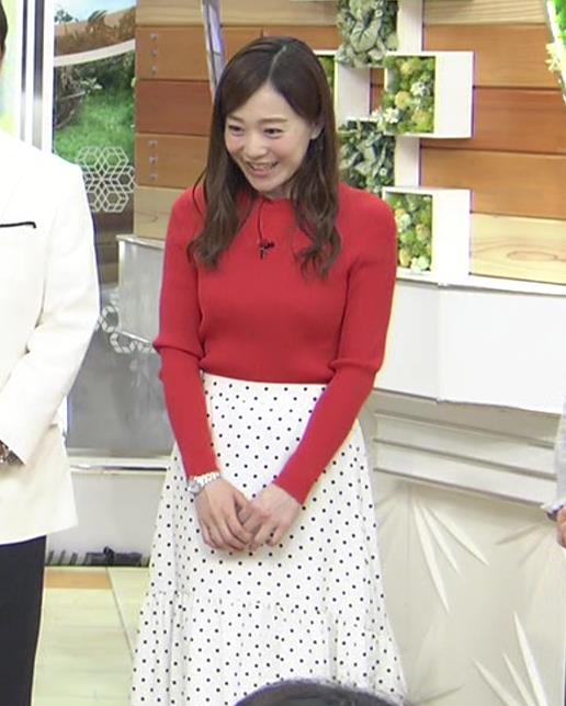 江藤愛アナ 赤いニットのおっぱい★キャプ・エロ画像2