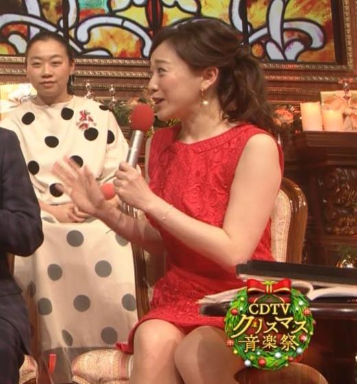 江藤愛 クリスマス特番でエロいドレス着させられているキャプ画像(エロ・アイコラ画像)
