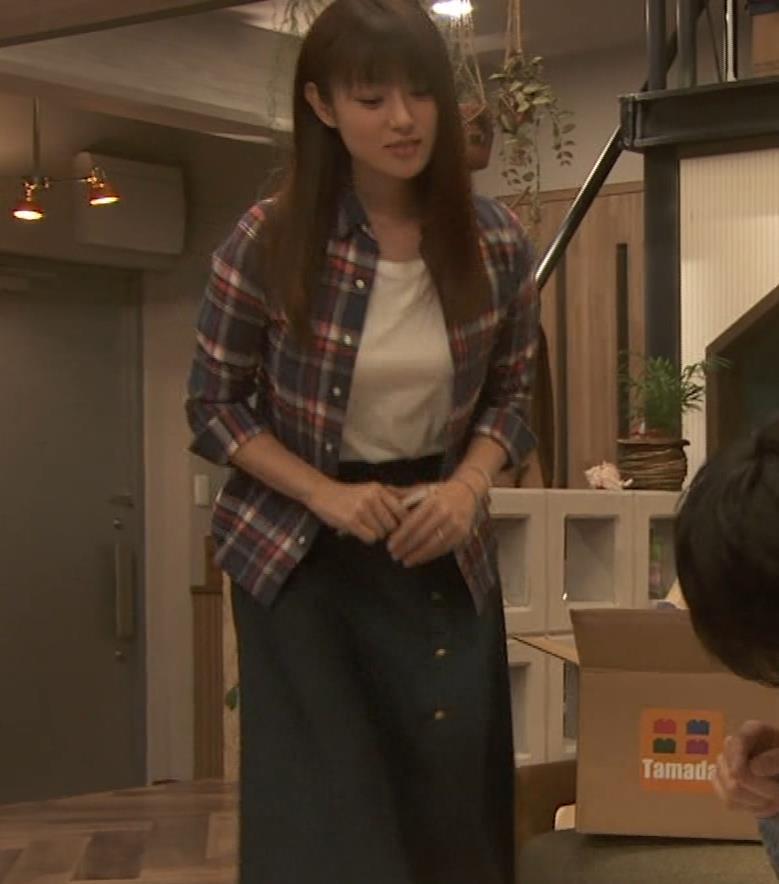 深田恭子 入浴で裸にバスタオル巻いだけキャプ・エロ画像7