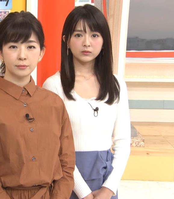 福田成美 お辞儀の胸元がエロいキャプ・エロ画像5