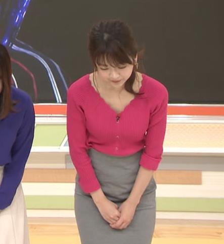 福田成美 セクシーニットおっぱいキャプ・エロ画像3