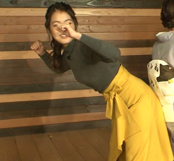 福田典子アナ 「モヤさま」でニットおっぱい♡キャプ・エロ画像4