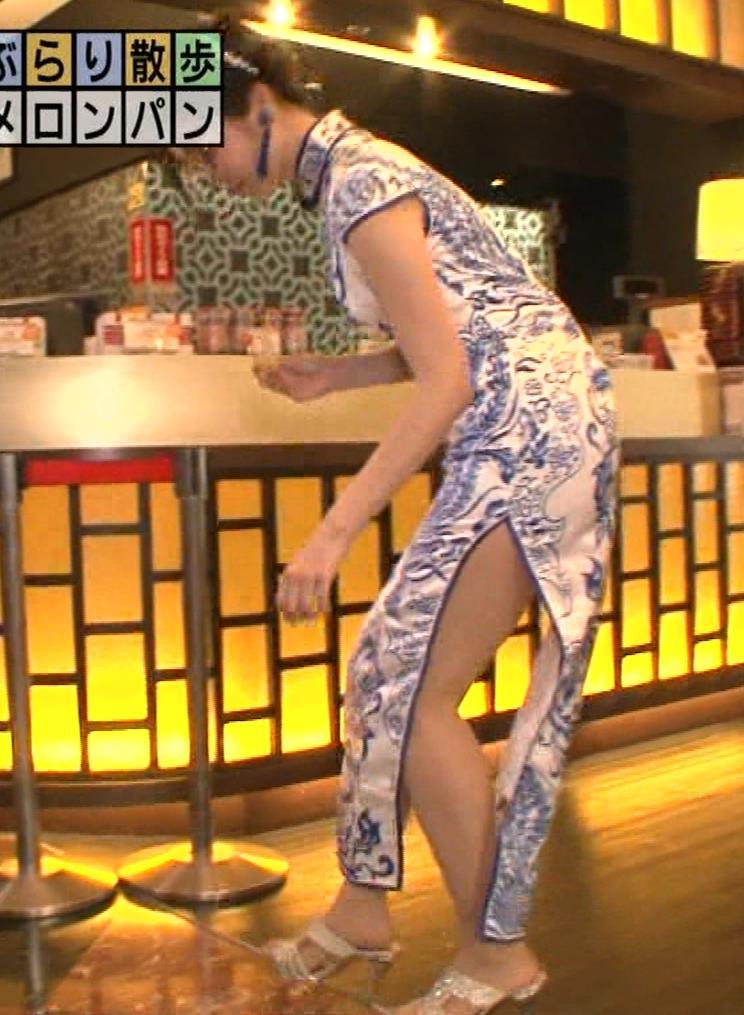 福田典子アナ 激エロ!チャイナドレス!脚&おっぱい!!キャプ・エロ画像26