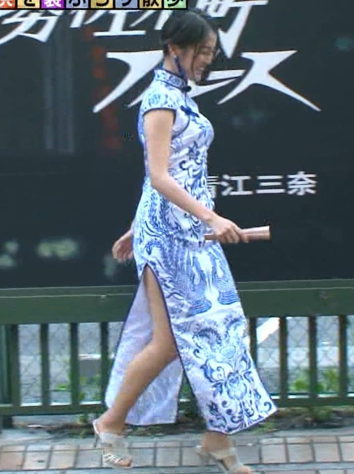 福田典子アナ 激エロ!チャイナドレス!脚&おっぱい!!キャプ・エロ画像38