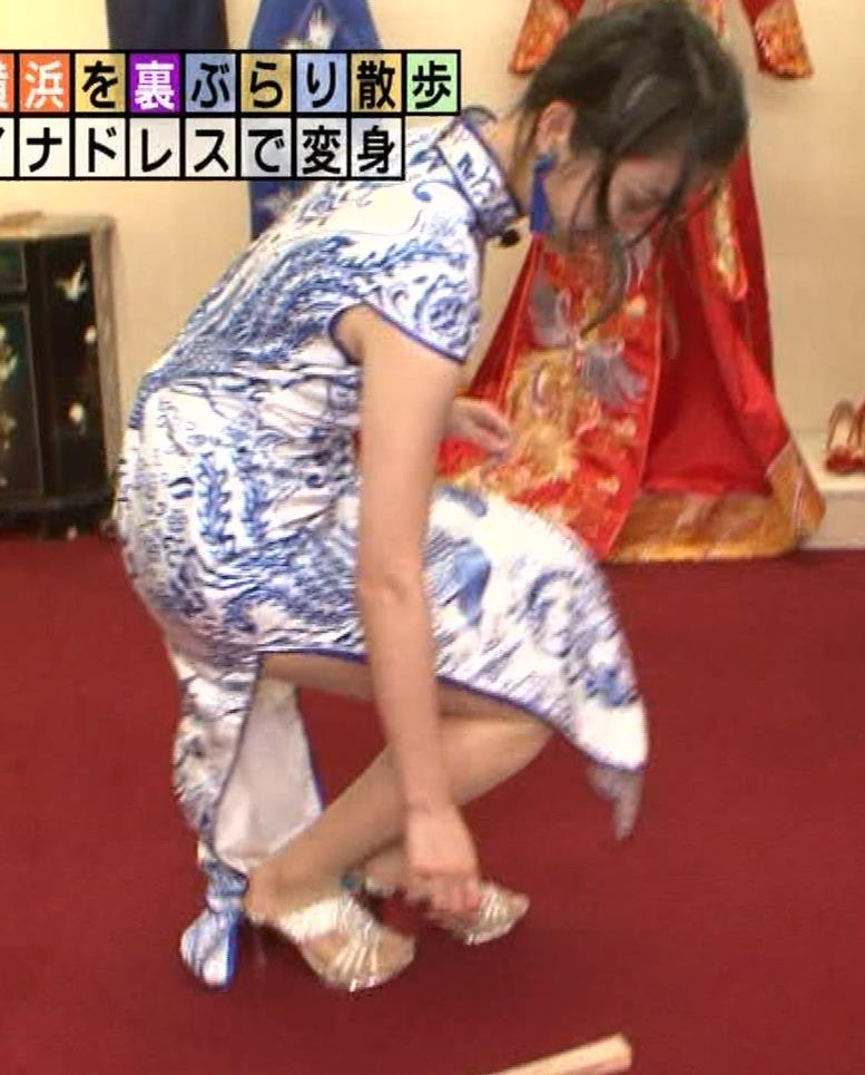 福田典子アナ 激エロ!チャイナドレス!脚&おっぱい!!キャプ・エロ画像10