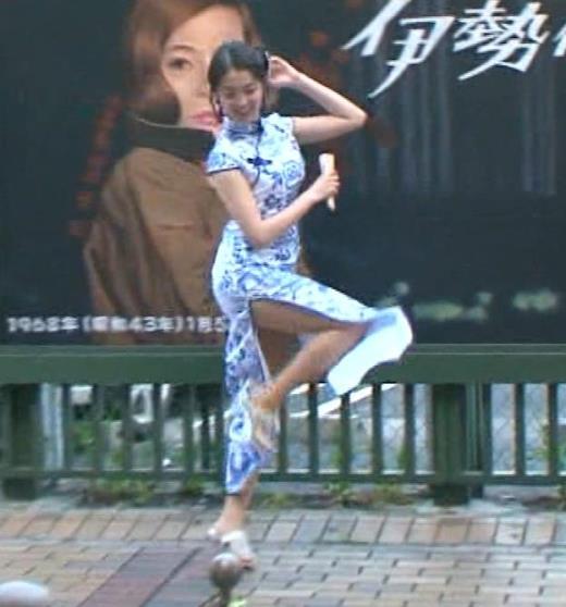 福田典子アナ 激エロ!チャイナドレス!脚&おっぱい!!キャプ画像(エロ・アイコラ画像)