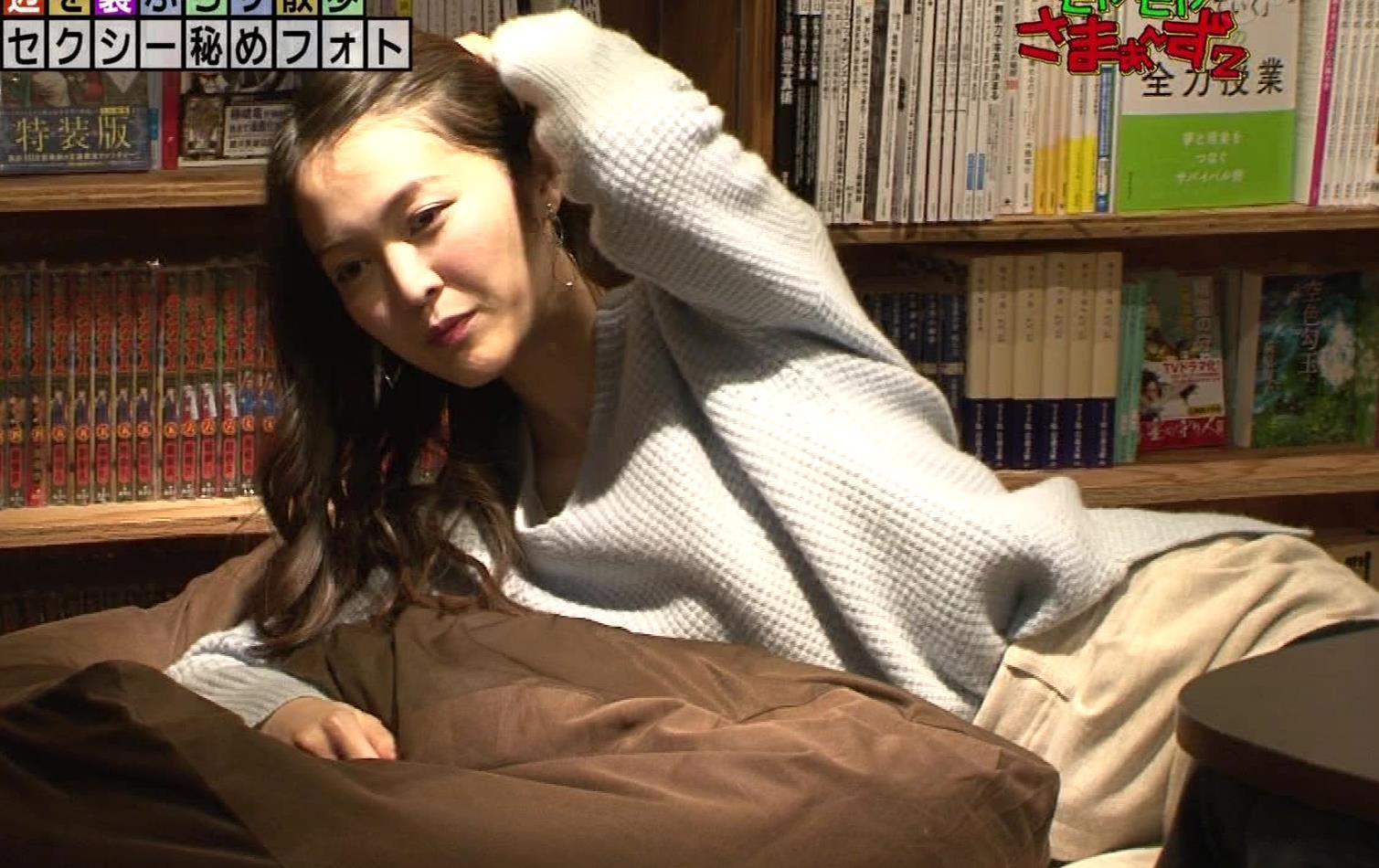 福田典子アナ 「セクシー秘めフォト」って、もはやエロ要員女子アナキャプ・エロ画像10