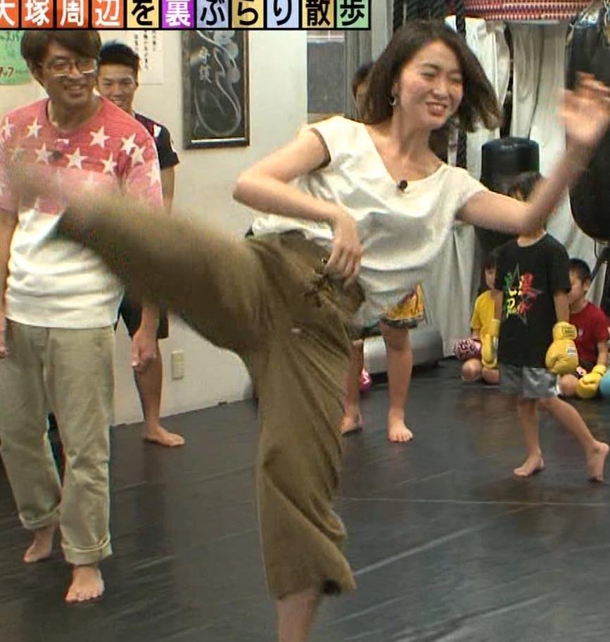 福田典子アナ 毎週のようにエロい事をさせられる番組キャプ・エロ画像8