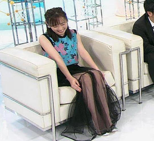 究極の一問 スケスケ透け透けスカートキャプ・エロ画像9