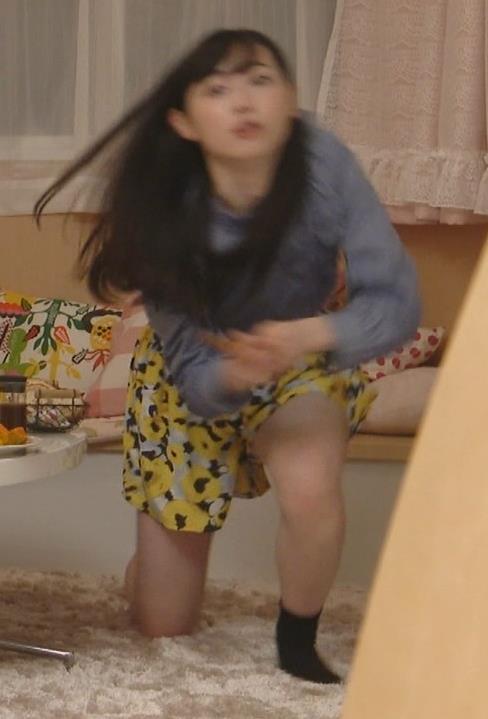 福原遥 生足出しまくりのドラマキャプ・エロ画像13