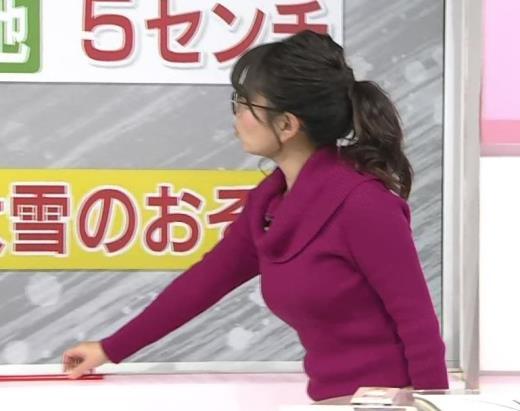 福岡良子 今年もニット爆乳キャプ画像(エロ・アイコラ画像)