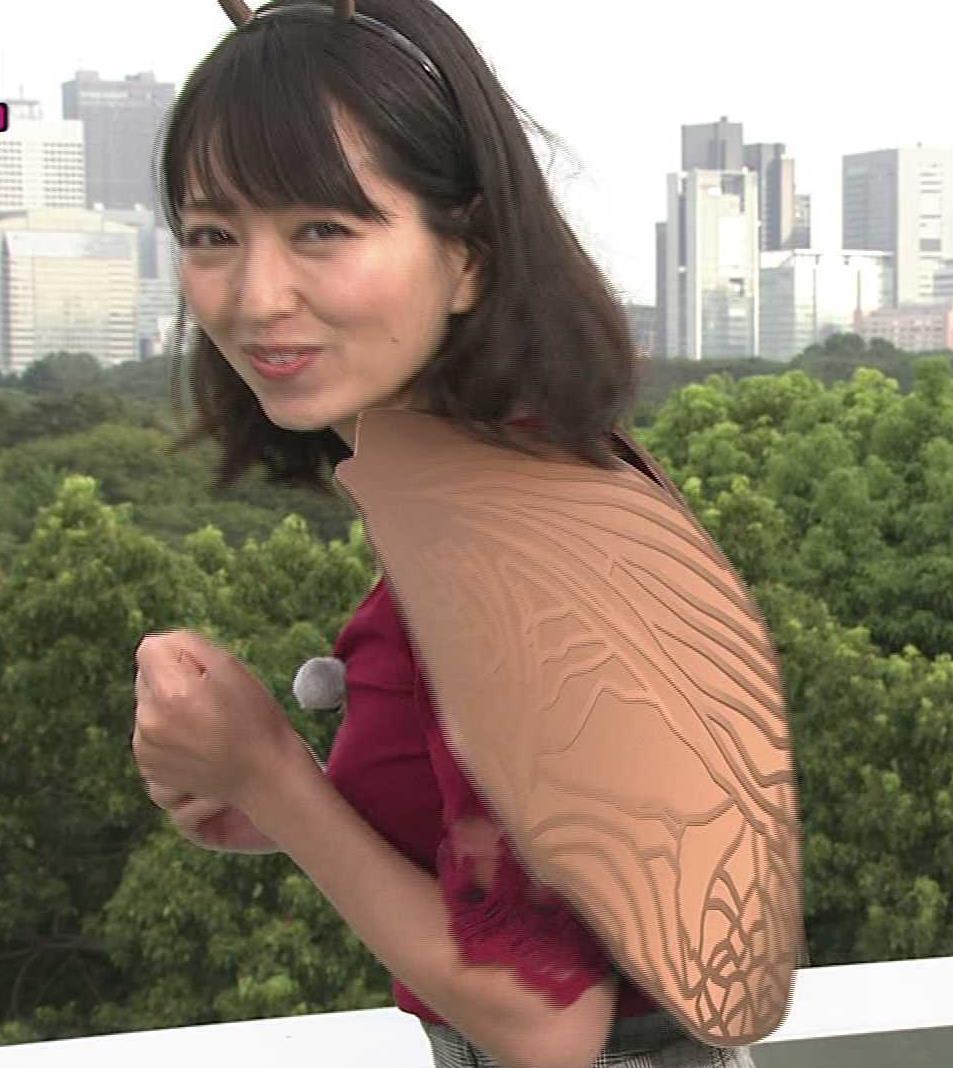 福岡良子 おっぱいピチピチ衣装キャプ・エロ画像2
